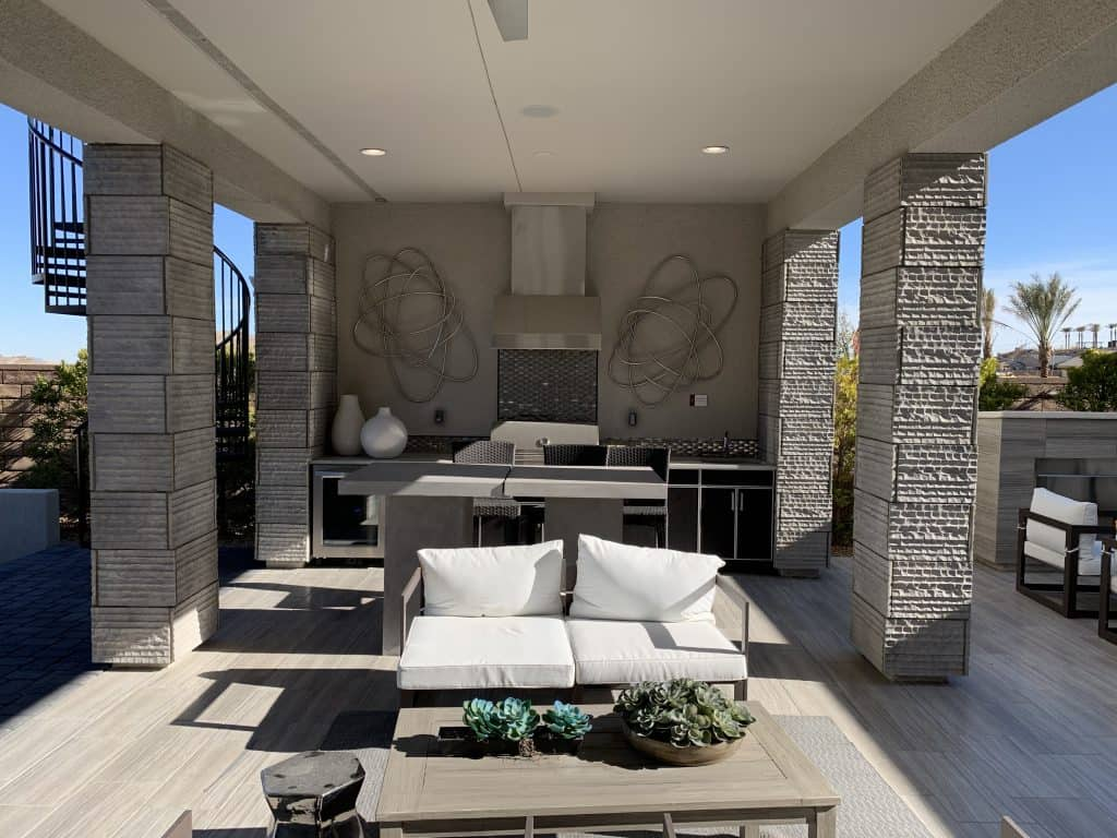 keystone-covered-patio