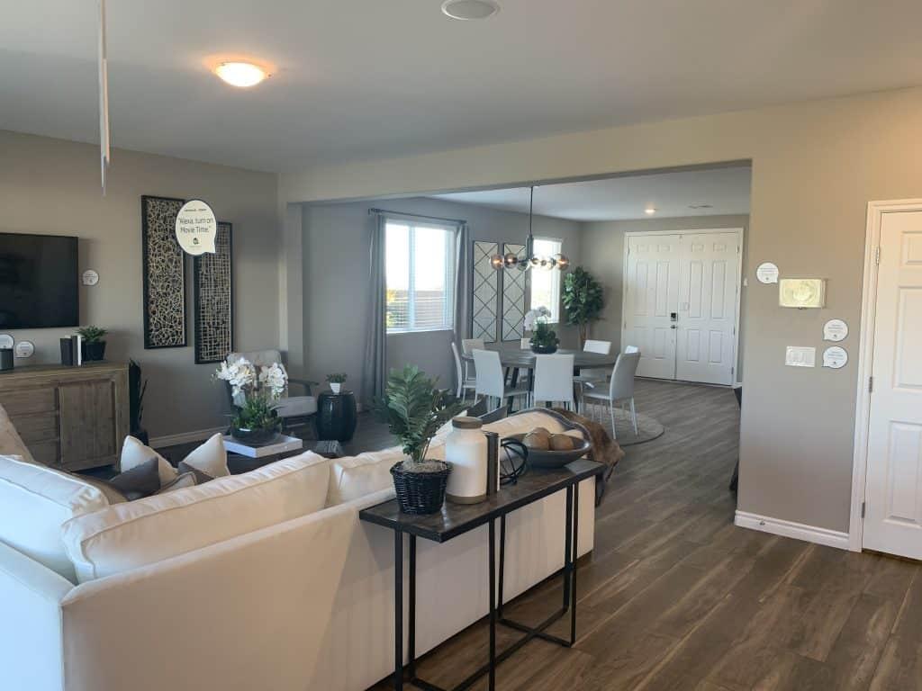The-Everest-Living-Room