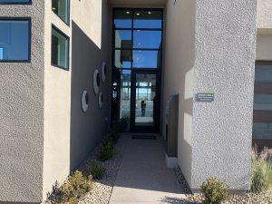 The-Grand-Circle-The-Overlook-at-mesa-ridge-interior-entry-way
